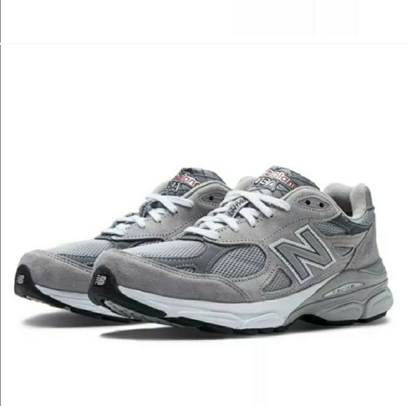 eba79bda55c New Balance 990v3 Women s Running Shoe USA MADE. M 5c19c5d0de6f6231d7d20f87